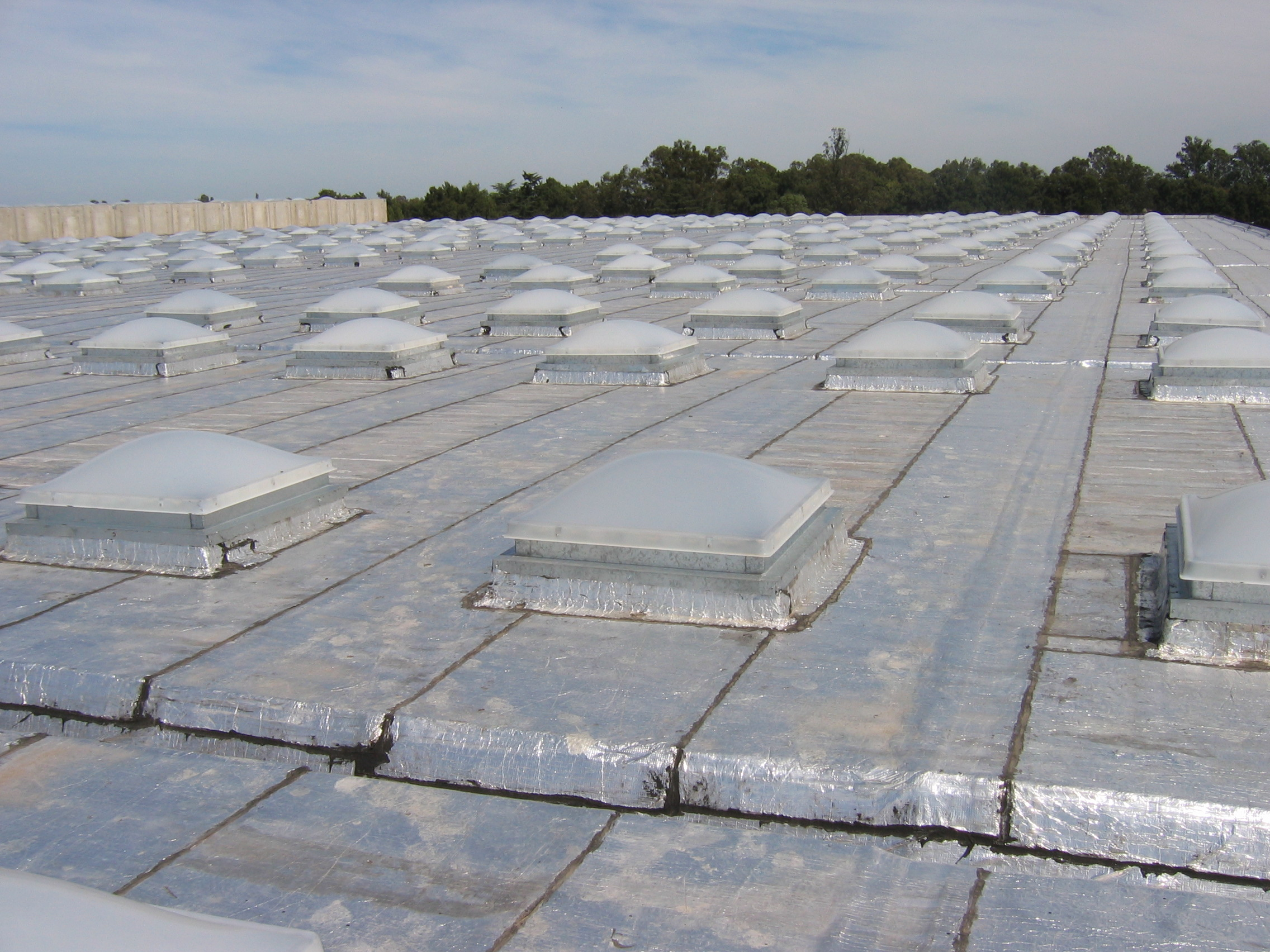Claraboyas claraluz for Claraboyas para techos